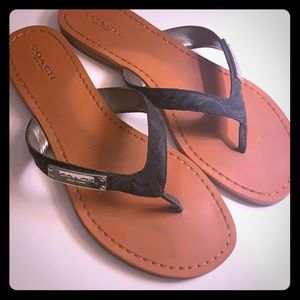 Coach signature logo thong sandals.